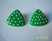 Vintage Enamel Polka Dot Earrings - Green White Polka Dot Earrings -Pierced Polka Dot Earrings -Triangle Earrings - Enamel Triangle Earrings