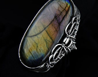 SURIEL Palatial ring with labradorite