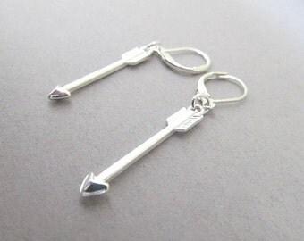 Arrow Dangle earrings with Leaver back