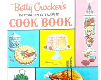 Betty Crocker's 1961 New Picture Cook Book First Edition, sixth printing