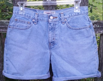 Light Denim 90s High Waisted Mom Shorts by London Jean Size 4