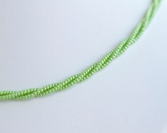 Pearly Green Short Necklace - Elegant Boho Jewelry
