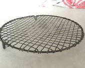Vintage French wire cooling rack / trivet