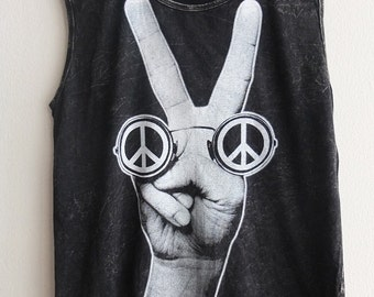 Peace Love Hippy Glasses Rock N Roll Print Stone Wash Vest T-Shirt M