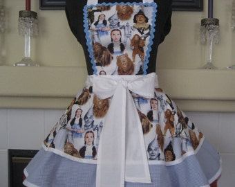 Dorothy's Apron Wizard of Oz Retro