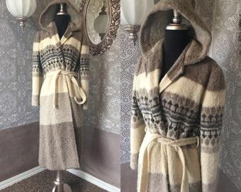 Women's Vintage 1960's 70's Icelandic Wool Sweater Coat With Hood M