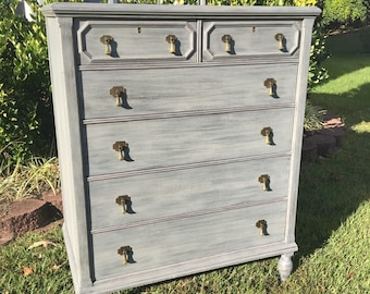 SOLD  **  Vintage Chic Grey Chest of Drawers / Dresser