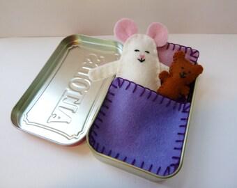 Wee Mouse Tin House - white felt mouse in tin w/ purple bedding & teddy bear - travel toy - pocket toy - purse toy  Altoid tin ready to ship