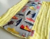 Sneakers Yellow Burp Cloth