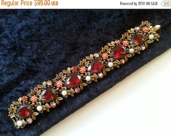 Now On Sale 1950's 1960's Rhinestone Bracelet ** Mad Men Mod ** Retro Collectible ** Designer Signed Art Vintage Jewelry