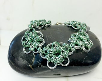 Green Chainmaille Bracelet, Aluminum Chain Bracelet, Metal Bracelet, Women's Jewelry, Chainmail Flower, Gifts for Her, Women's Gift