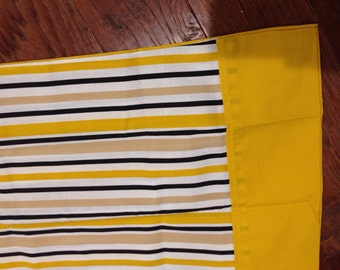 2 Gold stripe Pillowcases Standard funky 70's new old stock by Ward