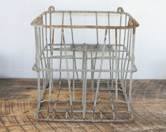 Vintage Cleveland Dairy Crate 6 Slot Wire Milk Bottle Holder