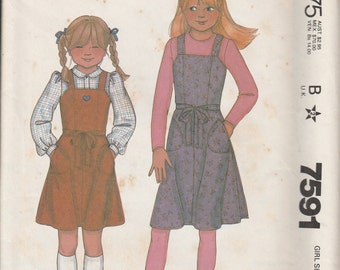 1981 Sewing Pattern McCall's 7591 girls jumper size 8