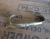 Vintage UNIVERSAL Corn Husker.Brass Corn Husker Shucker Primitive Kitchen Tools