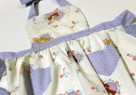 Disney Princess Hearts Child's Apron