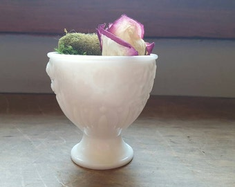 Vintage Mini Milkglass Vase/Jewely Holder White Decor