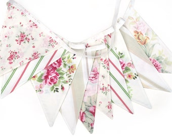Vintage Style Bunting - Country Garden Floral Flags. Bedroom decor, Birthday Tea Parties, Afternoon High Tea Party, Wedding decoration