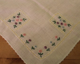 Vintage hand embroidered flowers table cloth