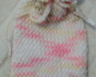 Small knit sachet / gift bag