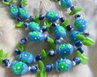 "1960's Flower Necklace Blue 42"" Long Vintage Costume Jewelry Beads Hippie Mod Fruit Salad MoonlightMartini"