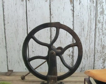 Antique Pulley*Free Shipping*