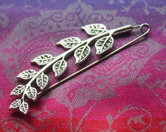Shawl pin/ brooch branch with leaves