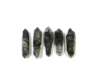 Tibetan Quartz Crystals 5 Raw Points 22mm - 26mm x 6mm - 8mm Natural Rough Stones for Wire Wrapping & Jewelry (Lot 1073)