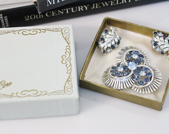 Signed CORO 1950s  brooch  & earrings with blue sapphire  rhinestones  #643