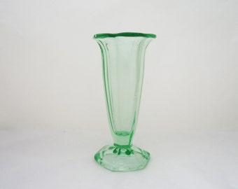 Vintage Green Glass Vase, Trumpet Shaped Green Glass Vase, Vintage Glass Vase