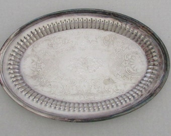 Vintage Oneida Silverplate Etched Oval Serving Tray