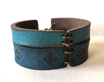 Blue Accesories, Ocean Colors Bracelet, Leather inspired Cuff, Southwest Jewelry, Santa Fe Clay, Cold Porcelain Bracelet, Yoga Jewelry