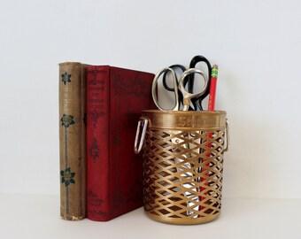 Vintage Brass Seageam Basket Weave Bottle Holder - Scovill Made in USA - Seagram Brass Glass Holder Bar Decor