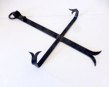 Vintage French Wrought Iron Plate Hanger