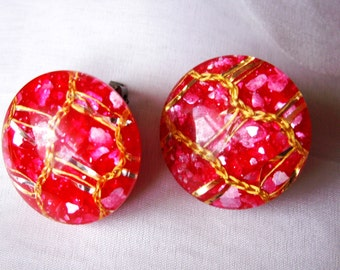 Vintage Hot Pink and Gold Confetti Lucite Clip On Earrings