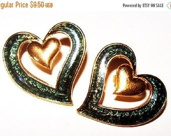 "Avon Double Heart Earrings Forest Green Enamel Gold Metal Abstract Design 1"" Vintage"