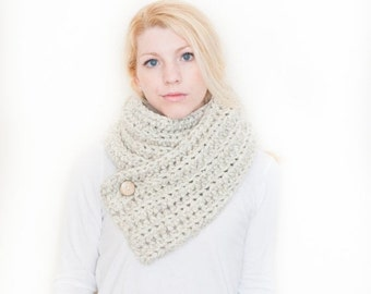 SUMMER SALE the OXFORD - Ribbed chunky crochet scarf cowl - wheat