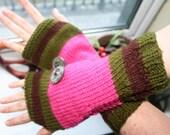 Fingerless arm warmers - knitted Irish wool - green - pink - brown