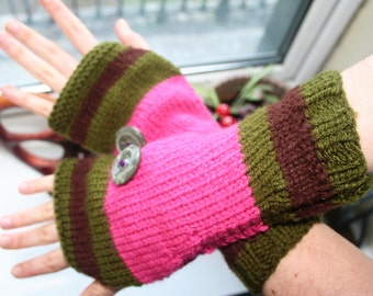 Fingerless arm warmers - knitted Irish wool - green - pink - brown