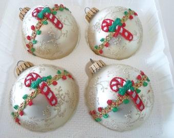 4 Vtg KREBS Ivory Glass Ball Christmas Ornaments Glitter Bric a Brac Candy Cane