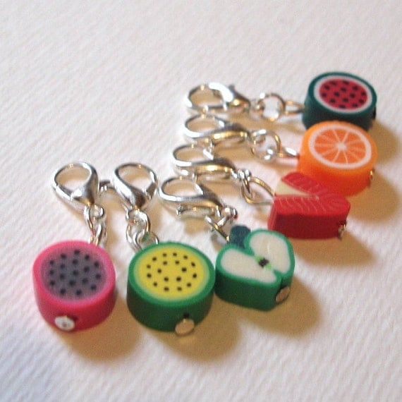 Snag Free FIMO Fruit Crochet Stitch Marker Set of 6 - Crochet Tools - Gift for Crocheters - Cute Food Stitch Markers, Polymer Clay