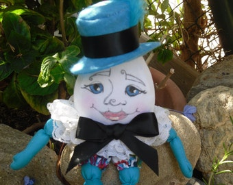 humpty dumpty,art doll ooak, soft cloth doll, collectable