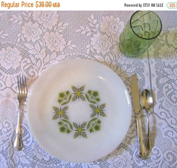 SALE Vintage Set of 4 Anchor Hocking Oven Proof Dinnerware Plates-Green Meadows-Collectible-Rare