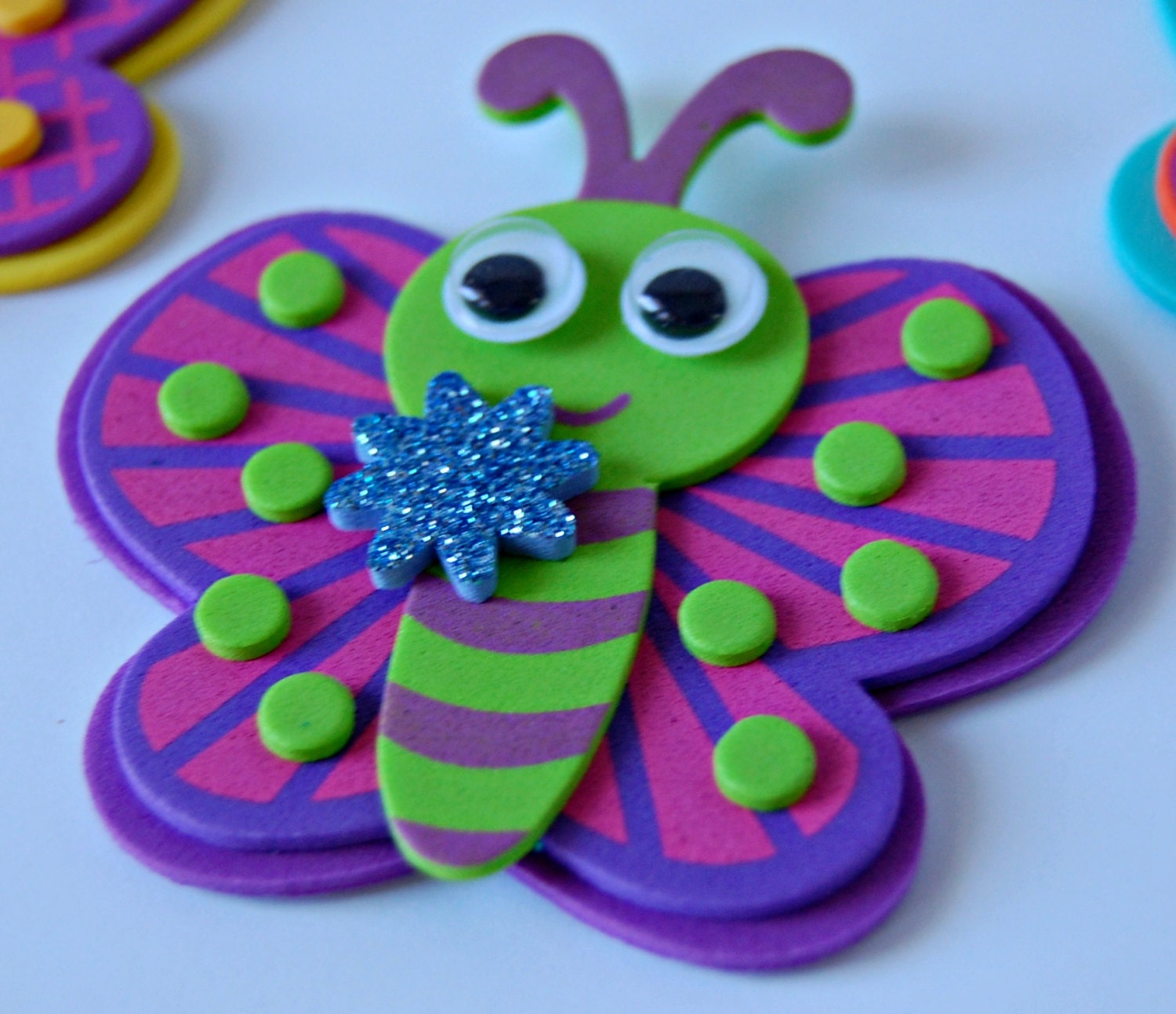 Foam butterfly craft kit magnet craft party activity for Where to buy magnets for crafts