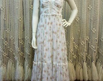 1970s romantic Gunne Sax Prairie dress