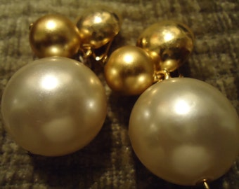 Vintage 1980s Boho Big and Bold Pearl Drop Earrings
