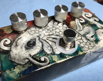 Snakes Fuzz Pedal - Woolly Mammoth Clone