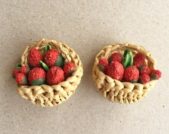 cute 60s vintage strawberries in a basket clip-on earrings