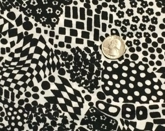 Black and White Abstract Polyester Fabric 4.75 Yards
