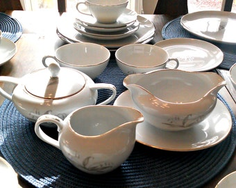 Kayson's Fine China 1961 Golden Rhapsody Vintage China Full Set 10 Place Settings with Accesories
